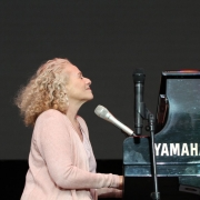 Carole King performing at Mission Estate Winery, Hawke's Bay, Napier, New Zealand.  Photo by Elissa Kline