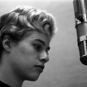 Carole at the mic.  RCA Studios NYC 1959. Photos Courtesy of Sony Music Entertainment Archive